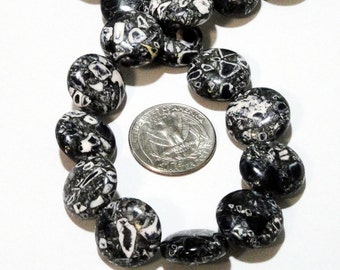 "Mosaic Coin Beads - Black White - Natural Magnesite Stone - 18mm Large Smooth Round Beads - Center Drilled - 16"" Strand - DIY Jewelry Making"
