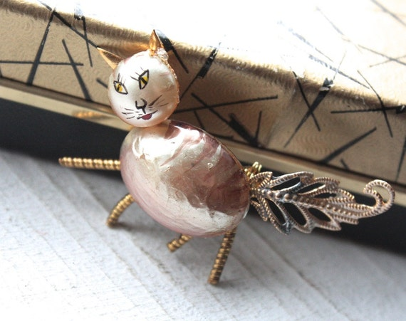 1950s Cat Brooch // 40s 50s Hand Painted Pearl Kitty Cat Brooch