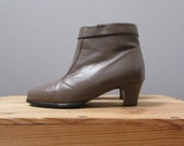 STOREWIDE CLEAROUT SALE 6.5 - taupe ankle boots with a heel and zipper vintage 80s pixie shoes pumps - seven