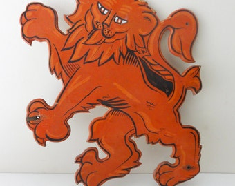 Vintage Red Lion Sign Hand Painted Wood Heraldry Pub Inn Signage