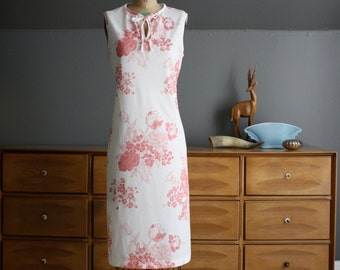 1970's White and Rose Floral Print Dress Size XL