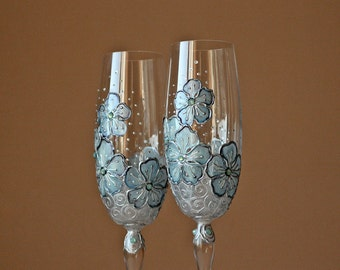 Champagne Glasses, Wedding Glasses, Toasting Glasses, Champagne Flutes, Mint Wedding Glasses, HAND PAINTED, Set of 2