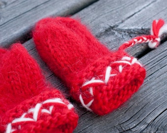 Knit kid's mittens in red thick and warm hand knit children's wool mittens scandinavian design size 3 to 4 years