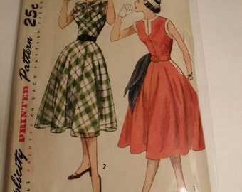 1951 Simplicity 3561 Teen Age One-Piece Dress  size 16 Bust 34