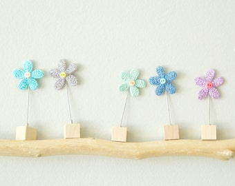 Crochet Flower Stick Pin - Crochet Jewellery