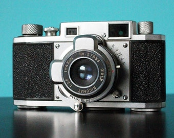 Vintage Ricoh 35mm Camera Riken Ricomat Photography
