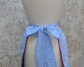 Half Apron in Blue & White Stars // Cotton, Red, White, Blue // 1950s Retro Style