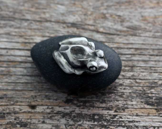 Featured listing image: Good Luck Pocket Frog