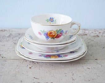 Wedgwood Mary Stuart English Floral 6 Piece Tea Set