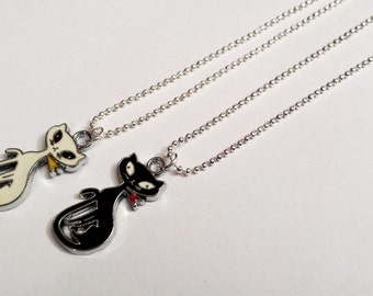 Sale! tall Siamese kitty cat Necklace