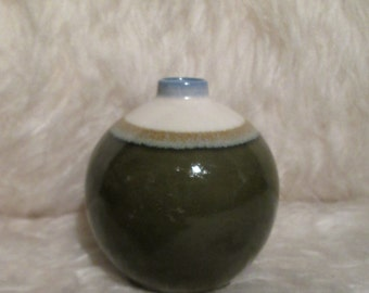Vintage Modern Art Pottery Vase. 1960's Weed Pot.  Glazed ceramic.  No makers mark.