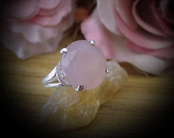 Natural Faceted ROSE QUAERZ Jeweled in 925 Sterling Silver Ring (Stamped), Size 8