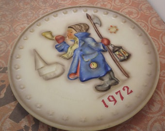 Vintage 1972 Hummel Collectible Plate