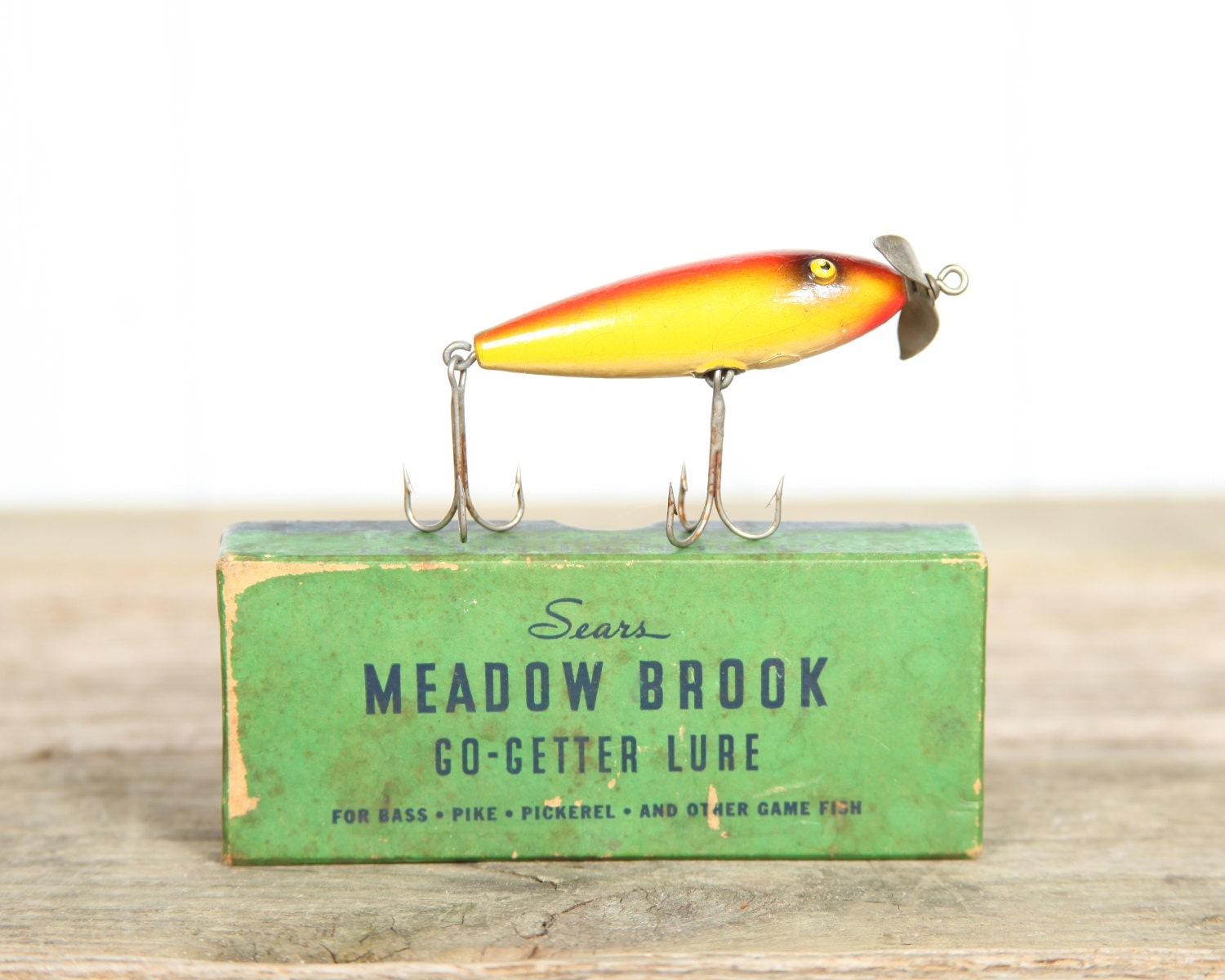 Vintage fishing lure antique fishing lure cool mens gift for Cool fishing gifts