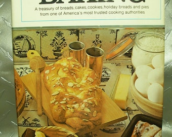 Vintage Womens Day Baking Book, 1977, Bread & Rolls, Quick Breads, Cakes, Cookies, Pies, Very Good Cond.