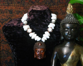Quartz Necklace, Buddha Pendant Necklace, Ethnic Jewelry, Ancient Jewelry, Chunky Bead Necklace, Tibet Necklace, Tribal Ethnic Necklace