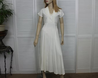 Vintage White Long Dress 1980s By Wild Rose