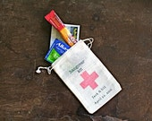 Personalized wedding favor bags, muslin, 3x4.5. Set of 125. DIY Hangover Kit, first aid for wedding guests.  Funny wedding favor.