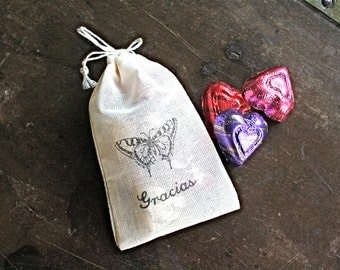 Wedding favor bags, set of 50 drawstring cotton bags. Vintage butterfly with script Gracias.  Spanish thank you favor, party favor bags.