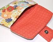 Makeup Bag - Makeup Clutch - Magnetic Clasp Bag - Flower Clutch Bag