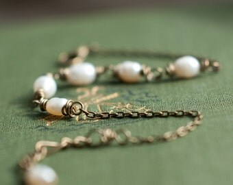 Pearl bracelet - freshwater pearls - wire wrapped pearls - dainty bracelet - pearls brass - ivory pearl - moon stone - love magic - bridal
