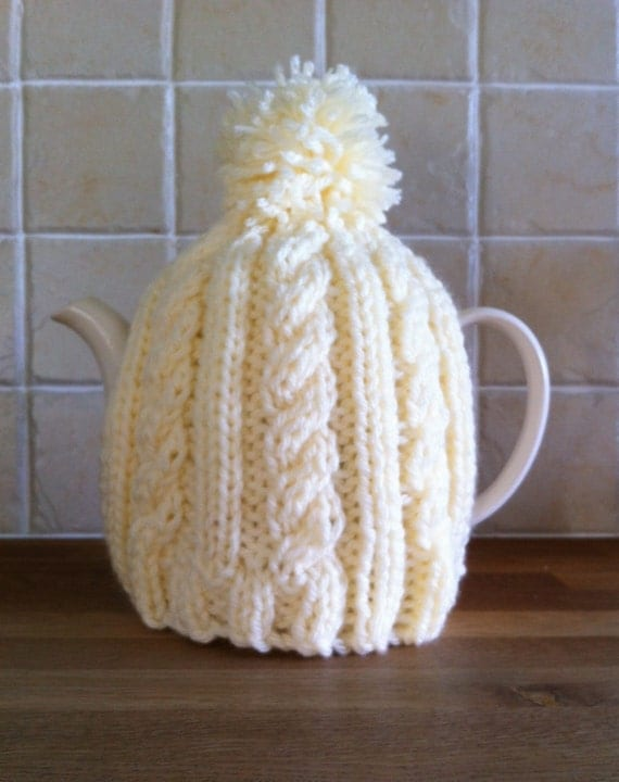 Teapot Cosy Knitting Pattern : Knitting pattern Easy Cable Tea Cosy. by LoopsandLavender on Etsy