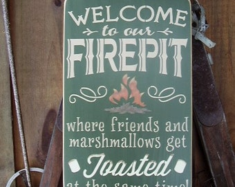 Welcome To Our Firepit, Fire pit Signs, Camping Signs, Welcome Signs, Outdoor Firepit, Lake Decor, Camping Decor, Backyard Decor, Wood Signs