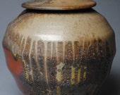 Covered Jar Wood Fired M33