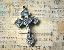 "Forgiven Crucifix - Italian - 2"""