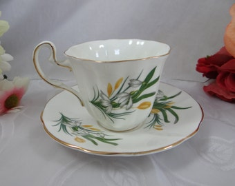1960s Adderley English Bone China Teacup Yellow and White Wildflower English Teacup and Saucer English Tea cup
