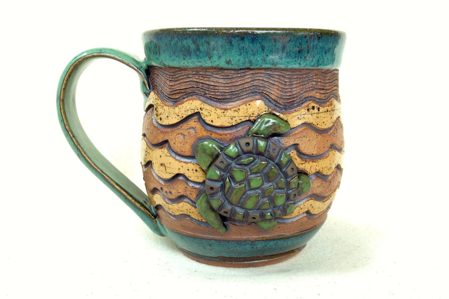 pottery mug sea turtle swimming in the waves handmade. Black Bedroom Furniture Sets. Home Design Ideas