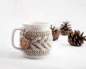 Cup Cozy in Beige, Knitted Mug Cozy, Coffee Cozy, Tea Cup Cozy, Handmade Wooden Button, Coffee Cozy Sleeve, Warmer, Winter, Gift