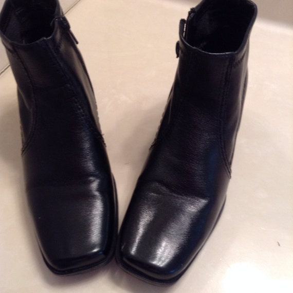 womens black ankle boots size 7 square toe chunky heels