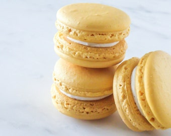 Cookie Wedding Favors French Macaron Cookies 12 Gold Shimmer Macaroons Gift Splendid Sweet