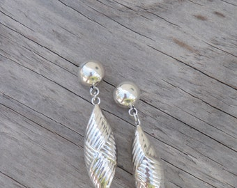Solid 925 Sterling Silver Earrings Shell Design Textured Handmade Mexico Western Native Signed Post Pierced Ears Long Oval Unique Mexican