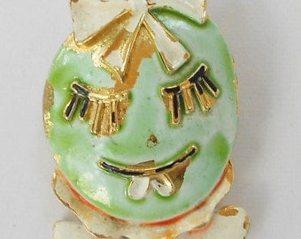 1970s Pin jewelry Vintage Designer brooch by ART Arthur Pepper kitsch jewelry Girly walking egg