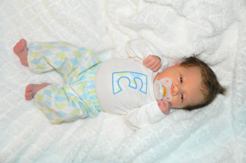 newborn boy coming home outfit  appliqu u00e9 initial bodysuit