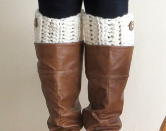 The New England Chunky Boot Cuffs with Button Accent // Boot Socks, Button Legwarmers, Boot Toppers