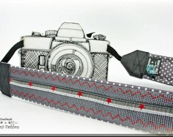Camera strap, gray, red