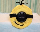 Crochet Minion Camera Lens Buddy