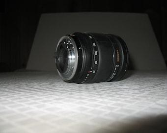 Tamron AF Aspherical LD 28-200mm 1:3.8-5.6 Lens