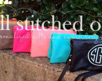 Monogram Crossbody Bag - Wristlet or clutch - Personalized Wristlet - Monogrammed Clutch - Personalized handbag - Over the shoulder bag