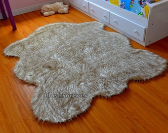Russian Wolf Faux Fur Chubby Sheep Shape Exotic Faux Fur Rug Living Room Area Rug, Modern Contemporary Rug Wolf Skin