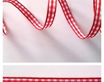 Red gingham ribbon!