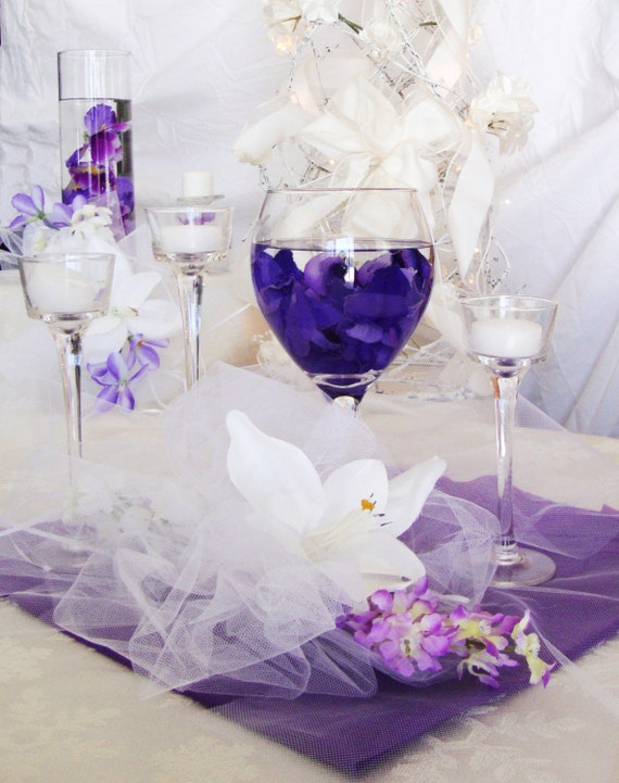 Items similar to wedding centerpieces