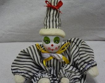 Porcelain Face Clown - E0031