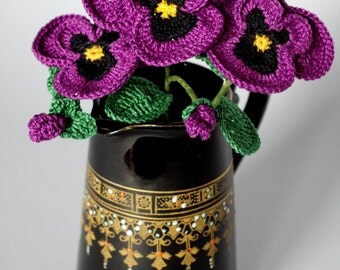Crochet pansies, flowers for any occasion.