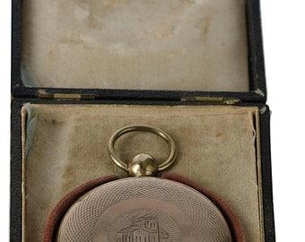 Daguerrian daguerreotype locket in original case with 2 images