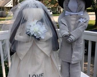 Bridal Shower Bride & Groom Bridal Shower Decorations made of all towels