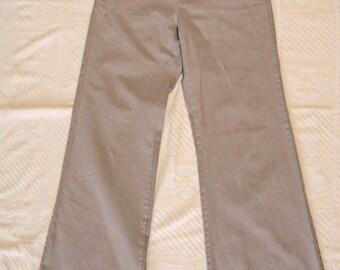 THE LIMITED Fine Cotton Low Waist Full Leg Khaki Pants Size 6
